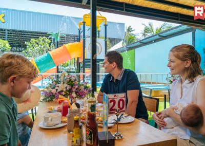 restaurant_people3